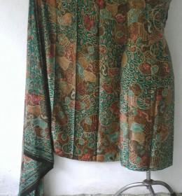 Batik Tulis Kain Sutra Halus